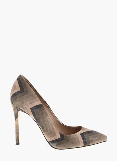 Topuklu ayakkabı-Network